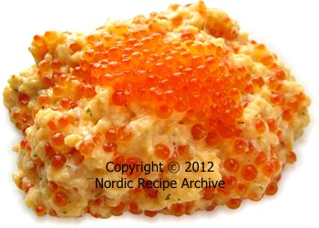 Scrambled eggs with fish roe